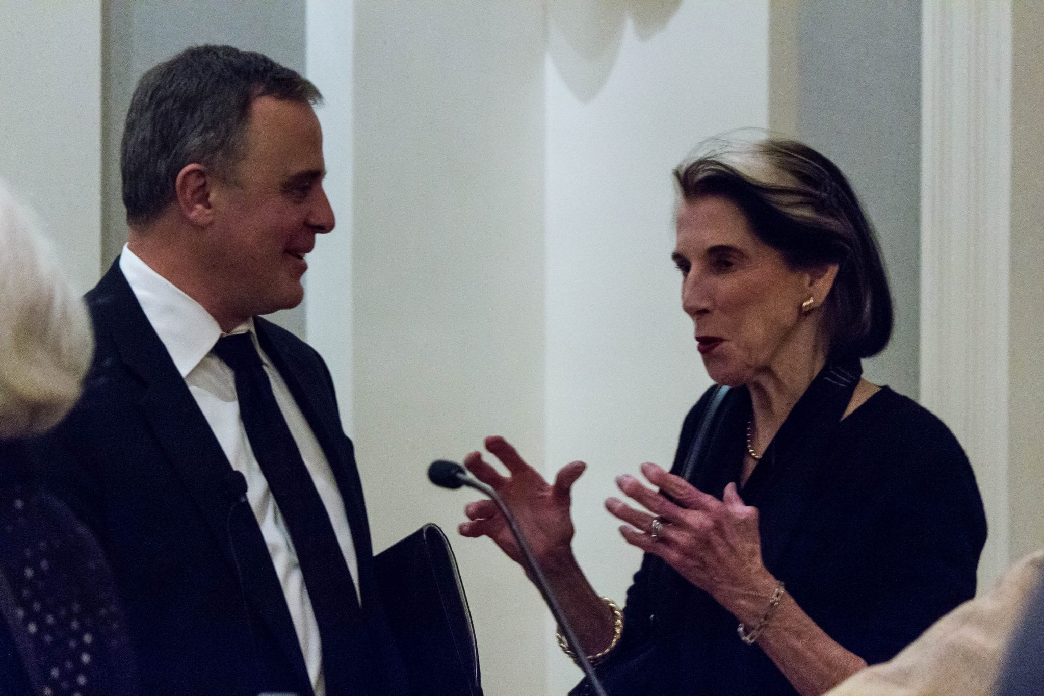 Rafal Rohozinski talks cyber policy with NCAFP member Edythe Holbrook after the program